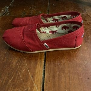 Toms red shoes 5.5